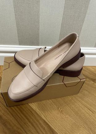 Туфли женские, натуральная кожа, 38 размер . фирма respect.