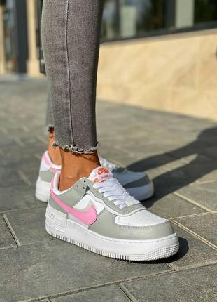 Стильные женские кроссовки демисезонные nike air force белые кожаные найк форс кросівки