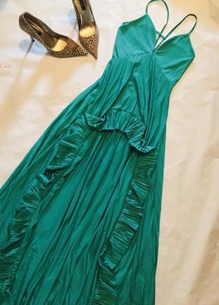 Новое платье на бретелях🔥