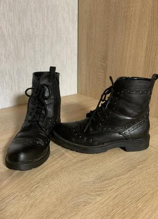 Черевики/ботинки