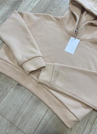 Флисовый свитер тёплый бежевое худи zara теплое укороченное худи джемпер толстовка с капюшоном