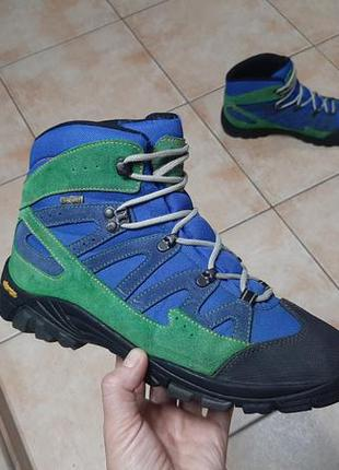 Трекинговые кроссовки,ботинки everest (эверест)
