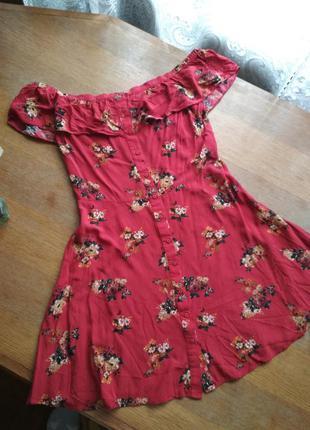 Сукня з відкритими плечима zara