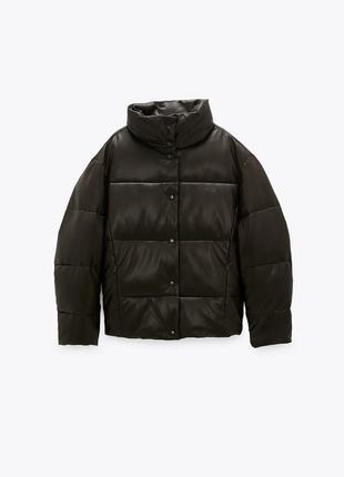 Cтеганая куртка из искусственной кожи zara