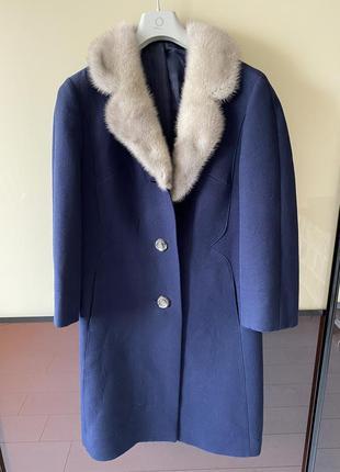 Стильное пальто шерстяное шерсть с норковым воротником натуральная норка модное недорого скидки