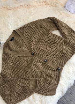 В'язаний светер