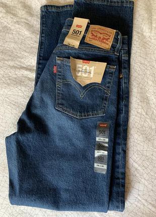 Продам новые джинсы levi's 501