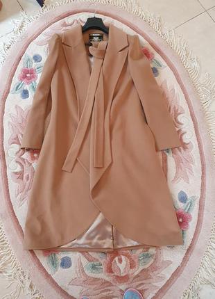 Шикарное пальто 50% шерсть