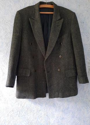 Шерстяной шолковый двобортный пиджак