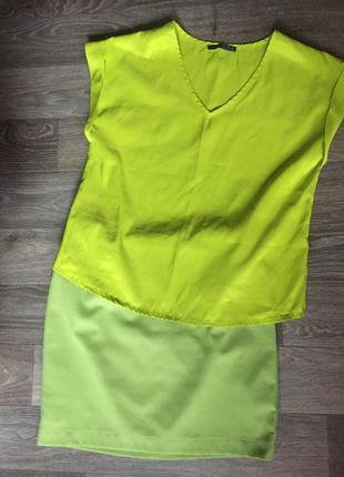 Легкая блуза кислотного цвета