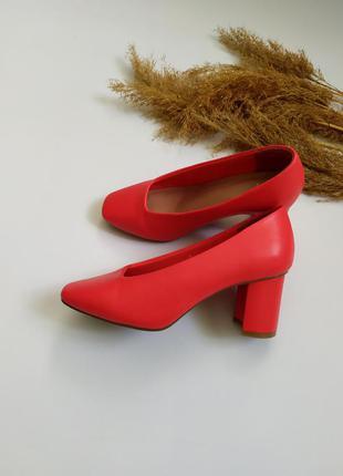 Шикарные туфли m&s