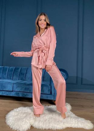 Шёлковый ком в пижамном стиле