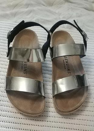 Суперские сандали genuis испания