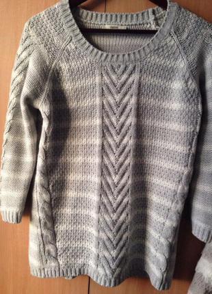Серый свитер oasis