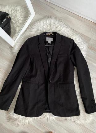 Классический пиджак приталенный