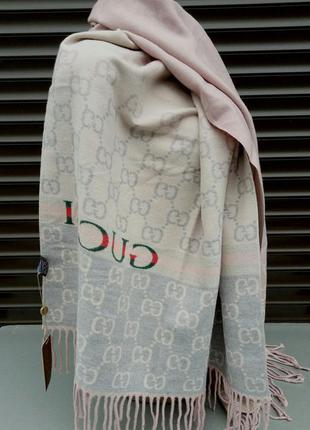 Gucci шарф женский кашемировый теплый бежево розовый