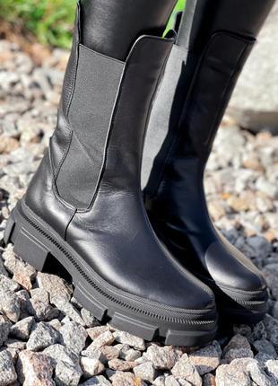 Кожаные высокие челси ботинки на байке