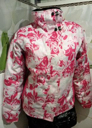 Куртка в розах