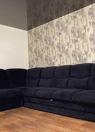 Угловой большой диван.торг.бесплатная доставка по городу.