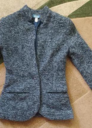 Шерстяной тёплый пиджак жакет блейзер недорого на худых хс, ххс размер