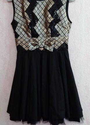 Вечірня нарядна сукня, розмір с-хс