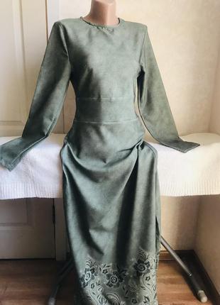 Платье в пол, олива с цветочным принтом
