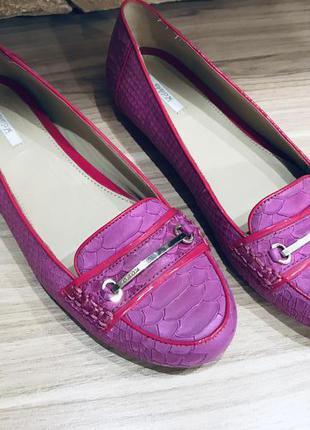 Кожаные туфли geox p -39 (26 см)
