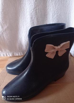Женские темно-синие резиновые сапоги ботинки melissa