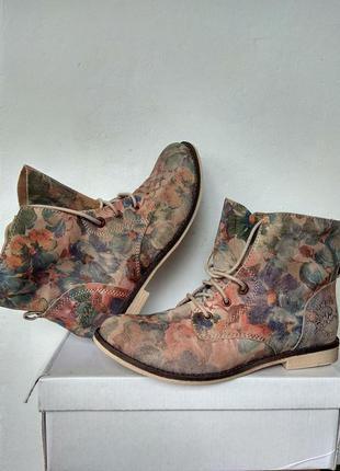 Замшевые ботинки с цветочным принтом s'oliver германия оригинал