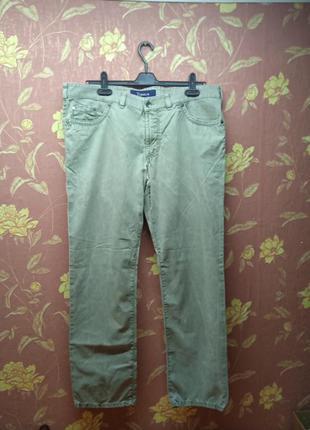 Серые джинсы мужские  в новом состоянии 40/32 р