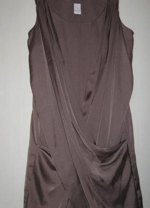 Bечернее коктейльное атласное платье с драпировкой