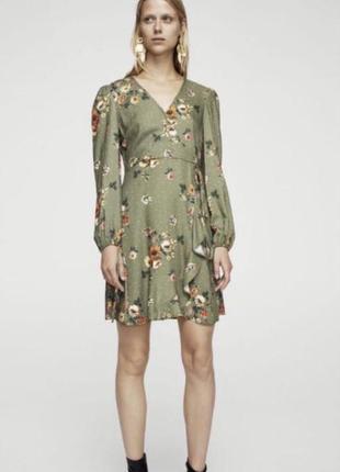 Очень красивое платье в цветок от mango xs,s