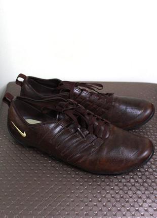Фирменные коричневые кожаные кеды-кроссовки nike (размер 39.5-40)