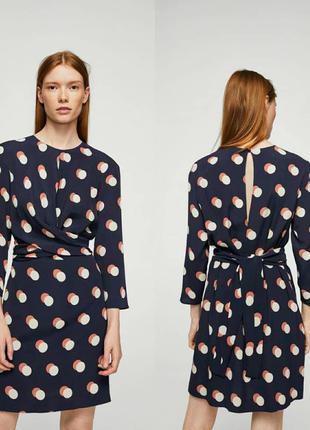 Платье в горошек mango