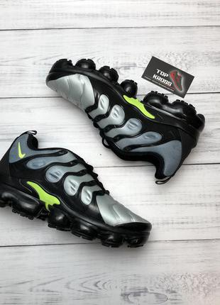 Кросівки nike vapormax tn plus