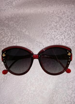 Солнцезащитные очки бренд
