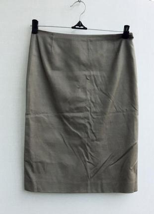 Котоновая брендовая юбка карандаш оливкового цвета