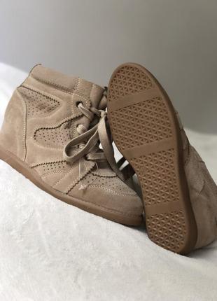 Новые кожаные сникерсы на танкетке замшевые черевики