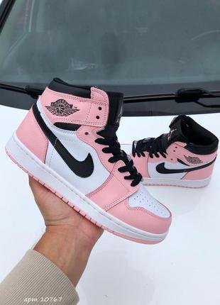 Женские высокие кожаные кроссовки nike air jordan рожеві з білим#найк