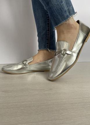 Новенькі туфлі ,балети