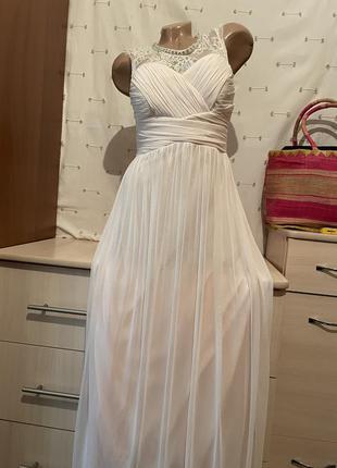 Нежное длинное платье вечернее кремовое нюдовое нарядное