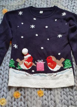 Шикарный новогодний свитерок с  паетками на 10 лет!