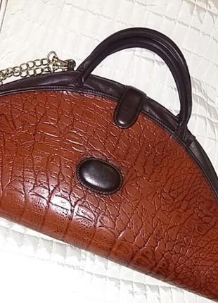 Невероятно красивая  кожаная сумка. швейцария.