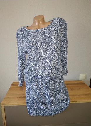 Платье от н&м