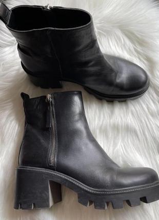 Zara ботинки кожаные / щкіряні черевики