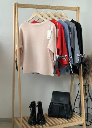 Красивый свитер с лентами n. every day🇮🇹