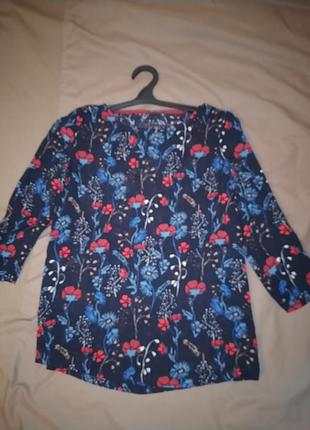 Блуза  легкая с рукавом 3/4.