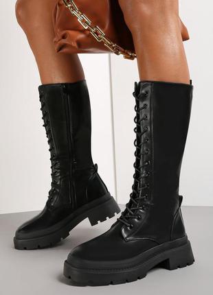 Черные сапоги ботинки на шнуровке