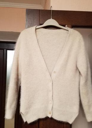 Ангоровый свитерок