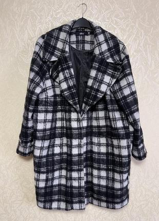 Plus-size классное пальто в клетку